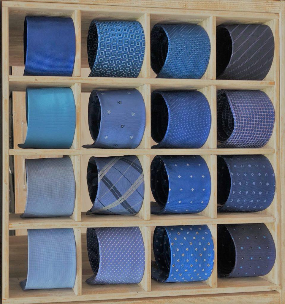 cravatte tonalità blu