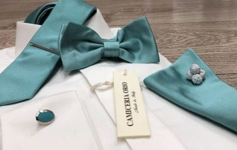 camicia con accessori verde Tiffany
