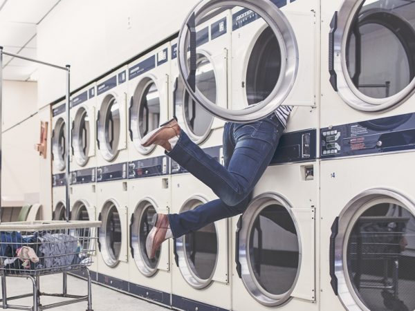 lavanderia - come lavare una camicia